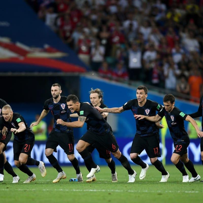 POLUFINALE:  Nogomet se ne vraća kući. Dok svi putuju iz Hrvatske, nogomet putuje – uHrvatsku!